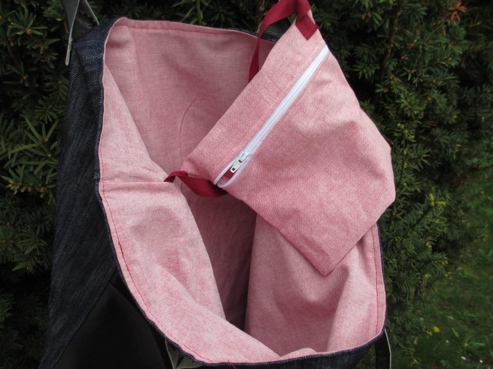 Jeanstasche mit Leder-und-innentasche