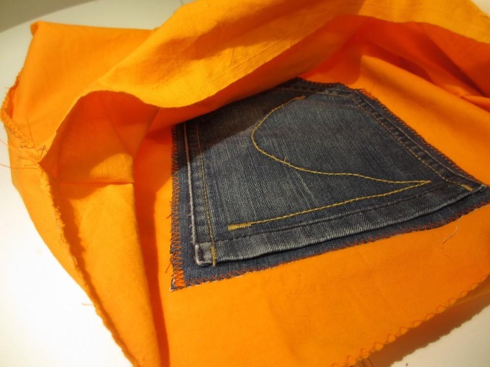 Futter mit Innentasche aus der alten Jeans