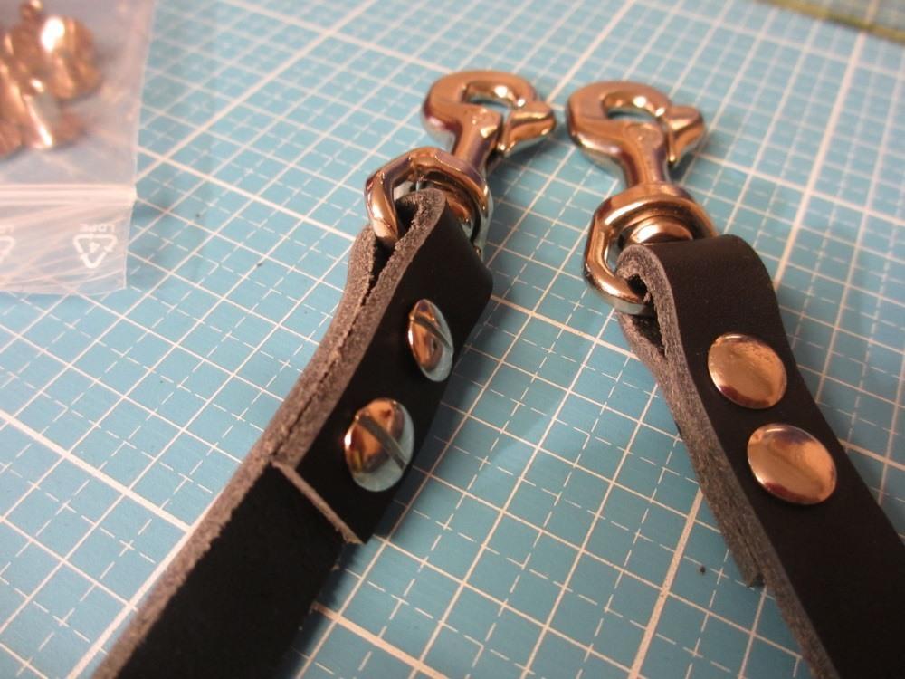 Snappap Tasche lederhenkel aus Spaltleder mit Karabiner
