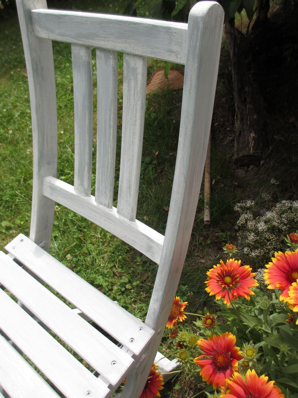 kuchenmobel streichen mit kreidefarbe : Alte möbel mit kreidefarbe streichen: upcycle alter stuhl ...