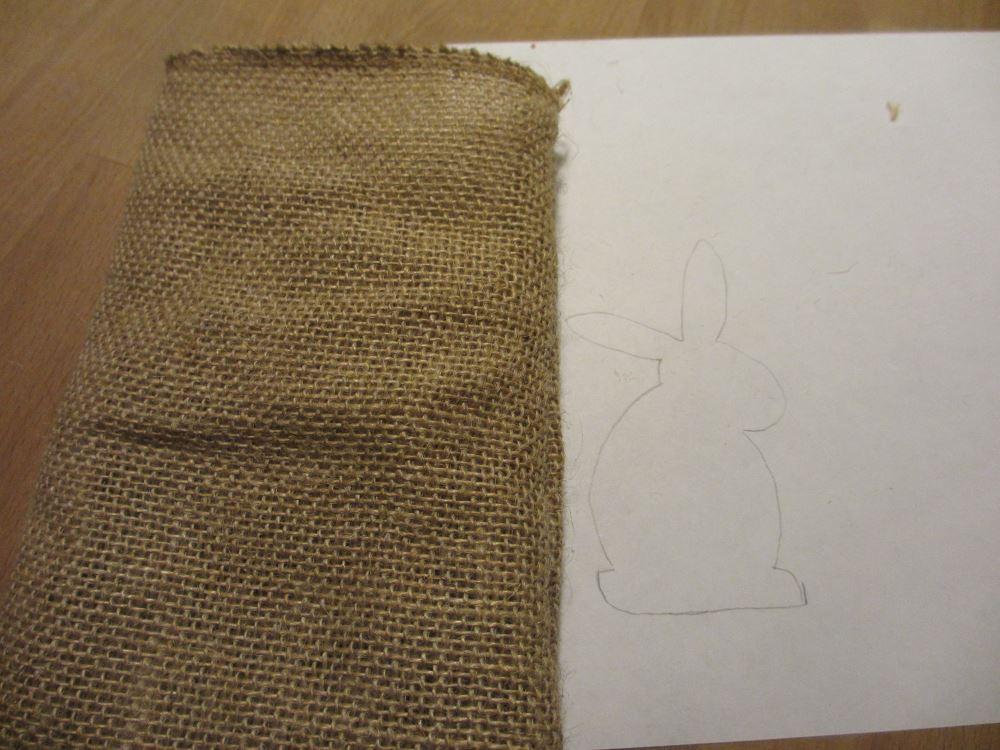 Säckchen auf rechts drehen, jetzt kommt das Osterhasi :)