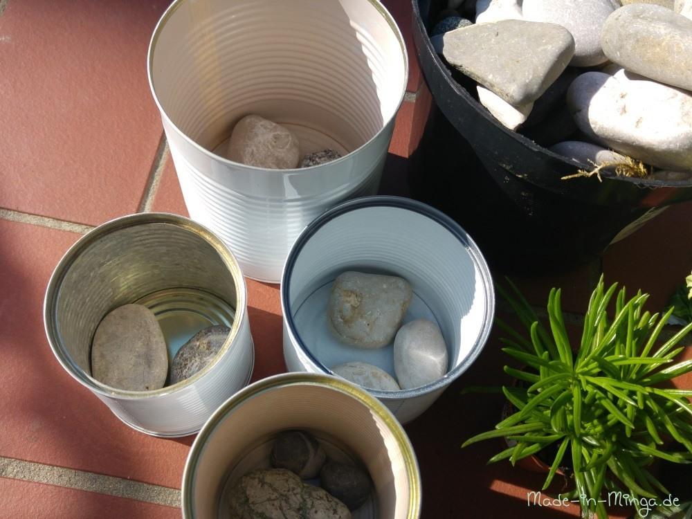 Steine zum Beschweren auf den Boden