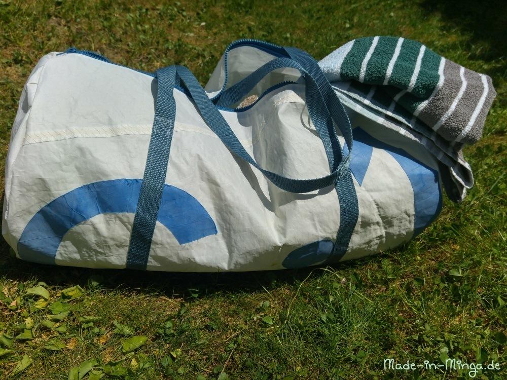 grosse Dufflebag als Sporttasche, mit Reißverschluß