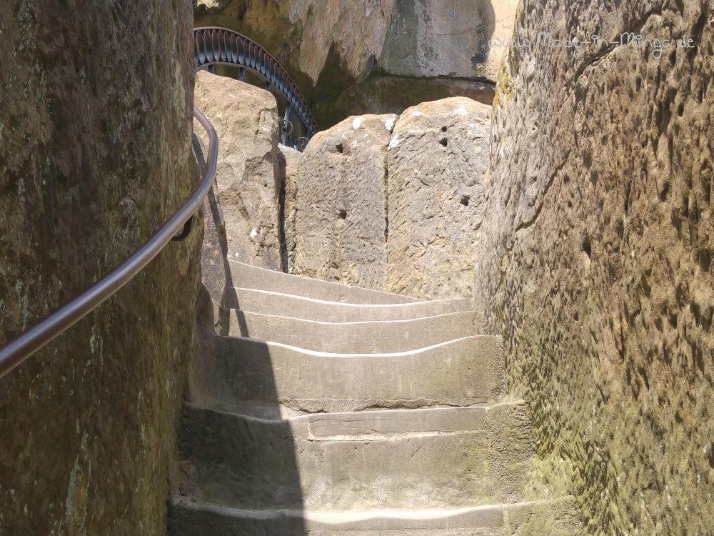 Eingeschlagene Treppenstufen erleichtern den Aufstieg