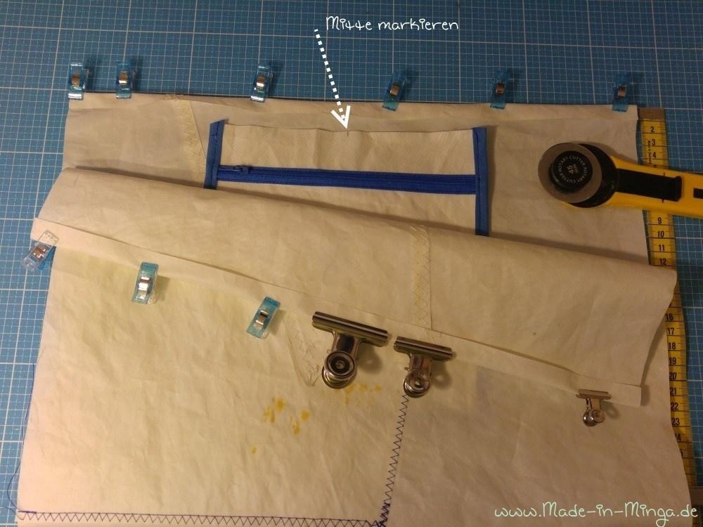 Innentasche unter dem Taschenrand festnähen