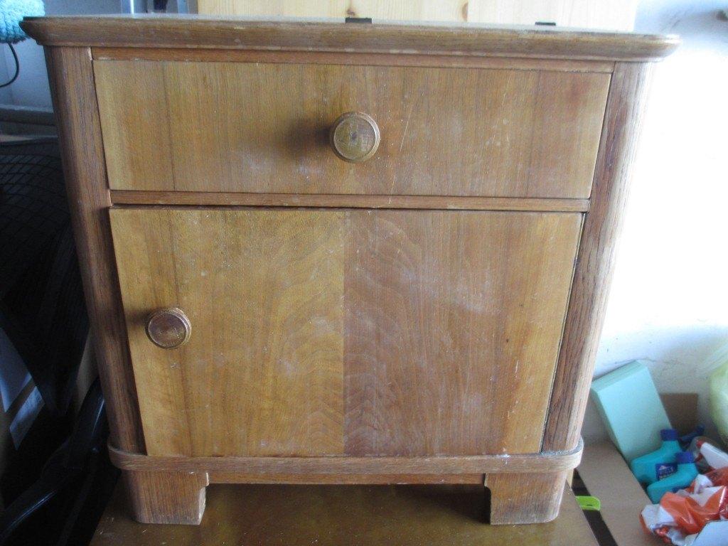 Omas alten Nachttisch restaurieren - upcycling eines Kleinmöbels