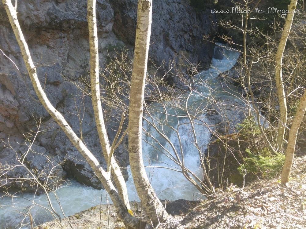 Kleine Wasserfälle in der Klamm
