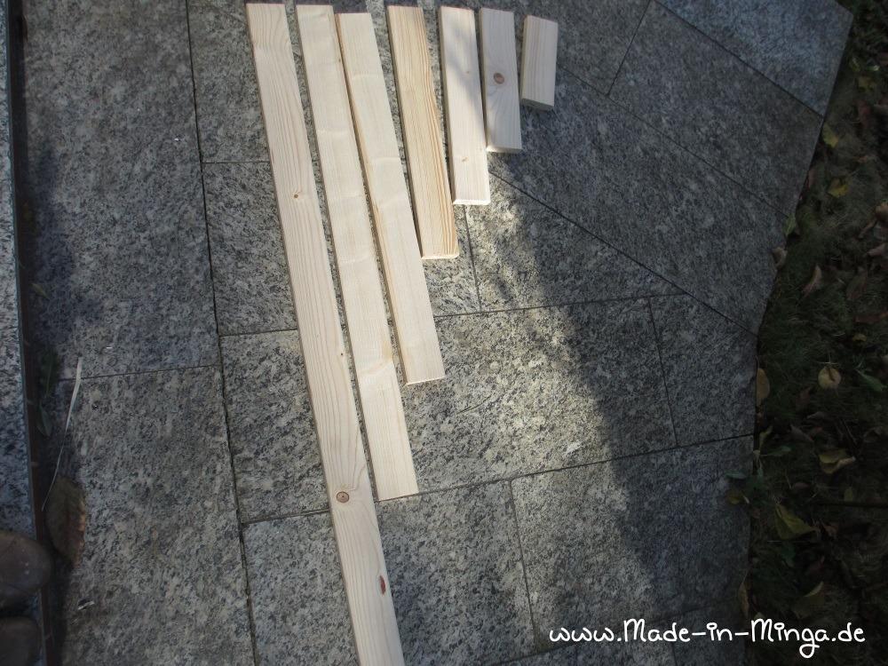auf die richtige Länge zugeschnittene Holzlatten