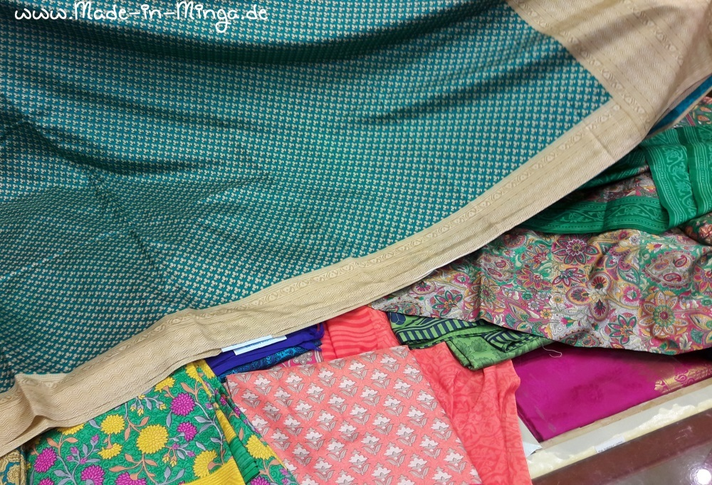 verschiedene bunte Sari-Seiden