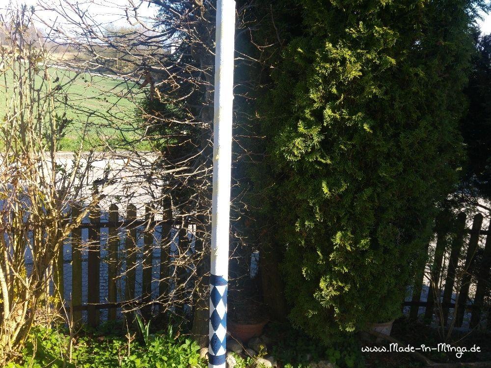 Maibaum abkleben für das blaue Band nach oben